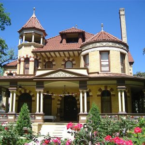Should You Buy a Historic House